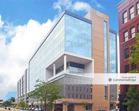 Arena Place - Grand Rapids