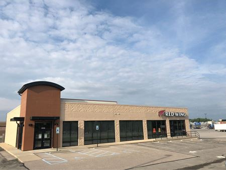 Endcap with Drive Thru Potential - Indianapolis