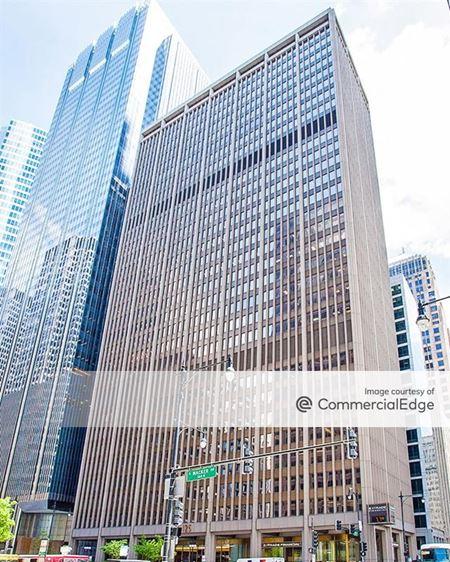 125 South Wacker Drive - Chicago