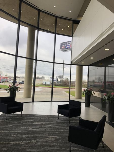 Professional Office Space for Sublease through June 2022 on Cypress Creek Pkwy - Houston