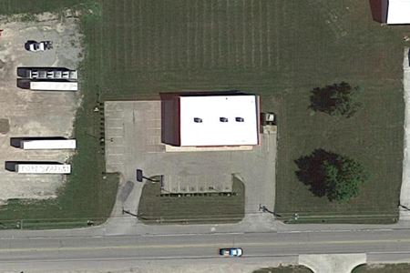 7826 WEST STATE RD 28 - Elwood