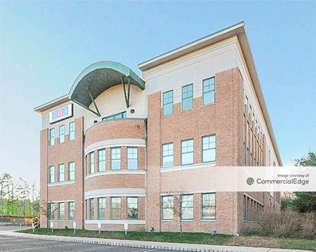 CJS Corporate Center - Farmingdale
