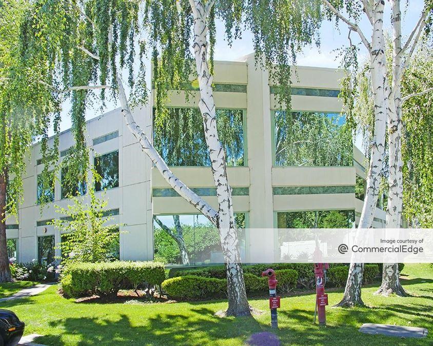 Birch Lakes - 7041 Koll Center Pkwy