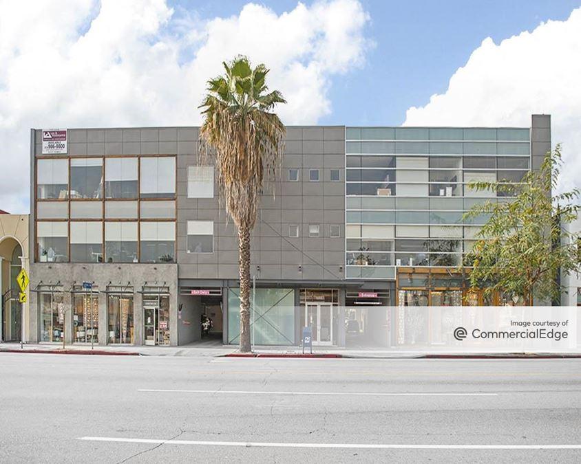15000 Ventura Blvd