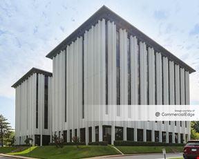 Fox Plaza Office Building - Tulsa