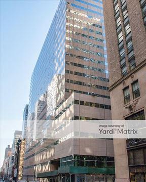 237 Park Ave Retail Atrium - New York