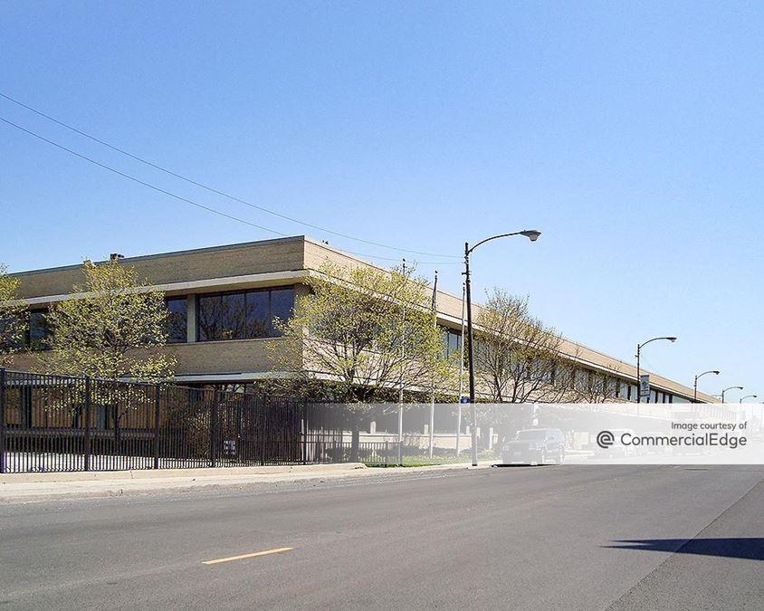 4800 & 5000 West Roosevelt Road