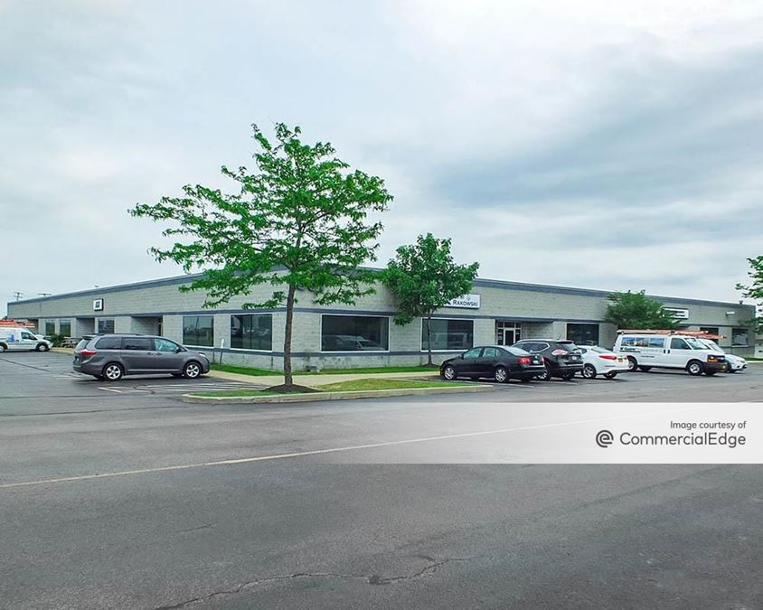 Airport Commerce Park - 307 Cayuga Road
