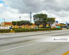 2711 SW 137th Avenue - Miami