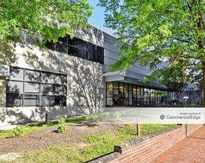The Winston-Salem Journal Building - Winston-Salem