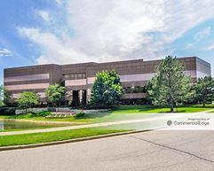 Buffalo Grove Business Park - 1100 Lake Cook Road - Buffalo Grove