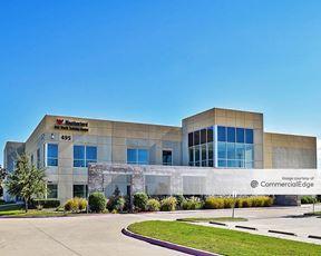 Weatherford International Complex - 481, 495 & 501 Winscott Road - Benbrook