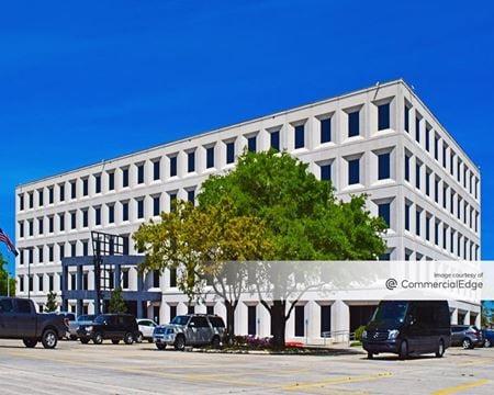 5750 Johnston Street - Lafayette