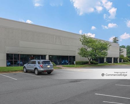 1640 Airport Road - Kennesaw