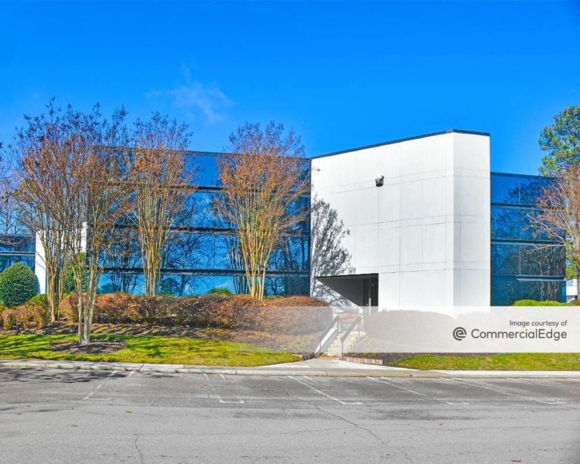 Innsbrook Corporate Center - Commonwealth Building