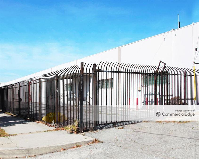 1050 West Rialto Avenue