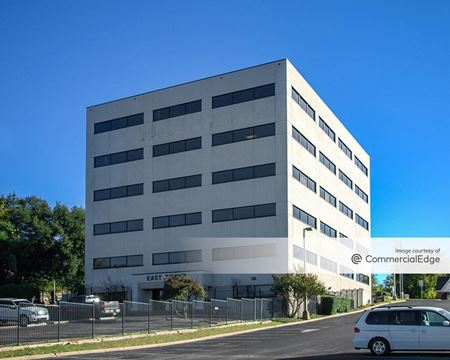 2601 Scott Avenue - East Tower - Fort Worth
