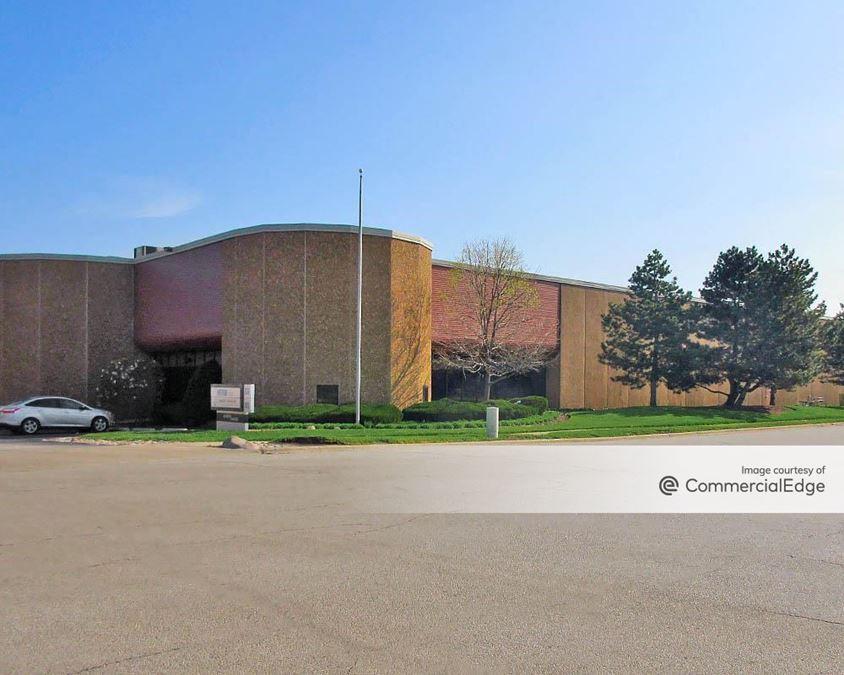 Elk Grove Industrial Park - 850 Mark Street