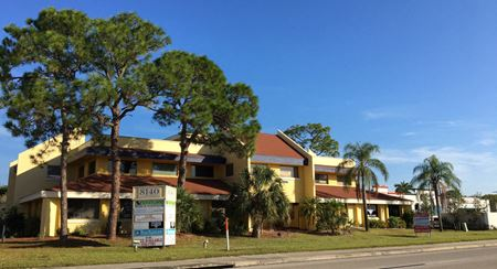 Banyan Building - Fort Myers