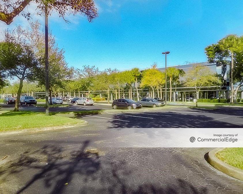 Lakeshore Business Center - III