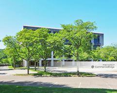 Tarrytown Corporate Center - Tarrytown