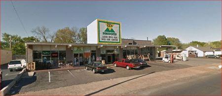 ZZ Market Former Guys Tuxedos) - Memphis