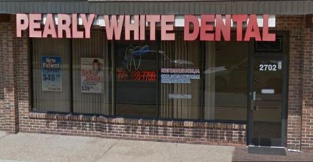 2702 W Touhy Avenue - Chicago