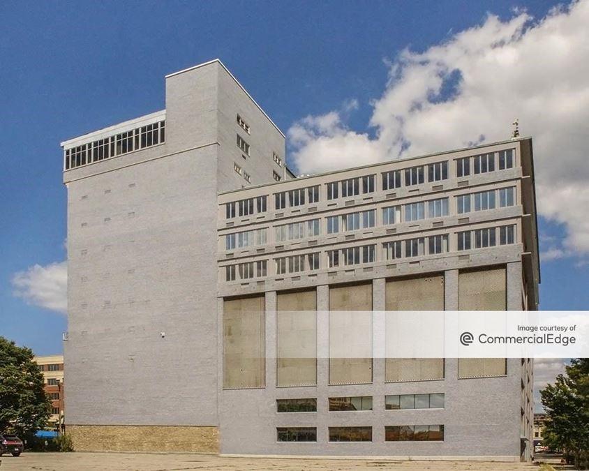 Bank of Louisville Building