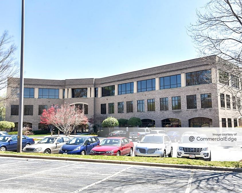 Mendenhall Oaks Business Park - Lakeside I
