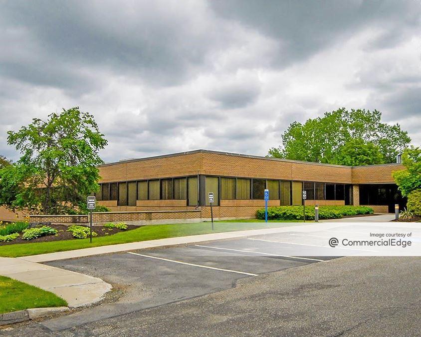 Ten Corporate Center