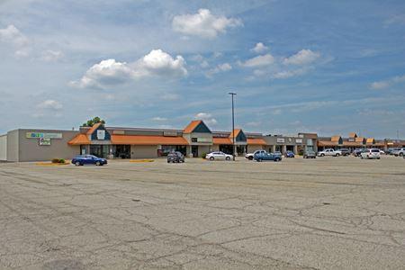 Field Shopping Center - Morton