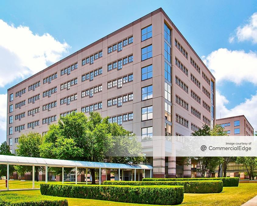 Broadmoor Austin - Building 4
