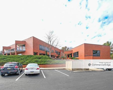 Greenfield Corporate Center East - Business Center IV & V - Lancaster