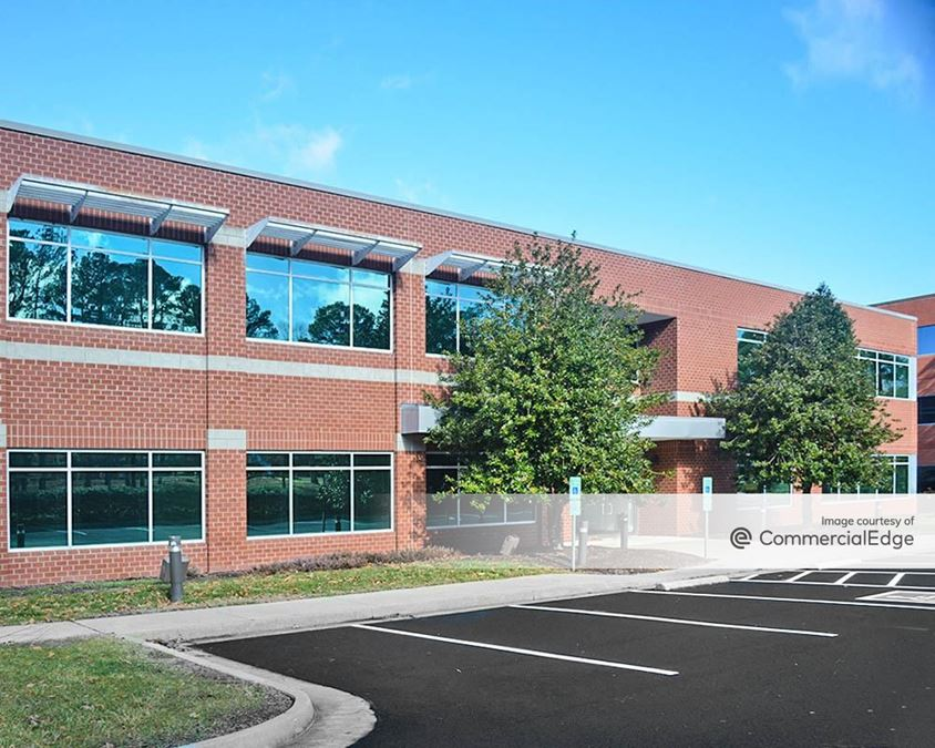 Innsbrook Corporate Center - 4240 Cox Road