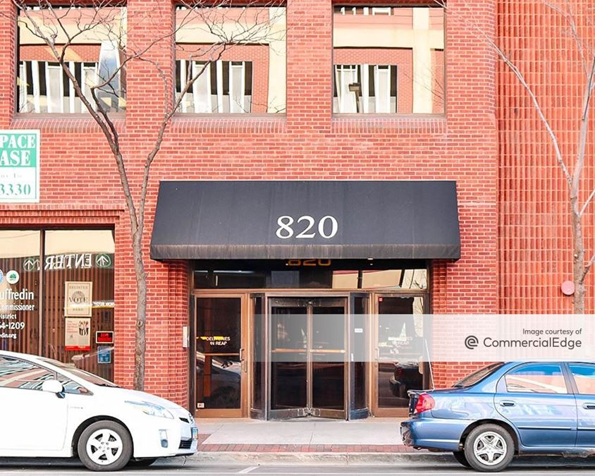 820 Davis Street