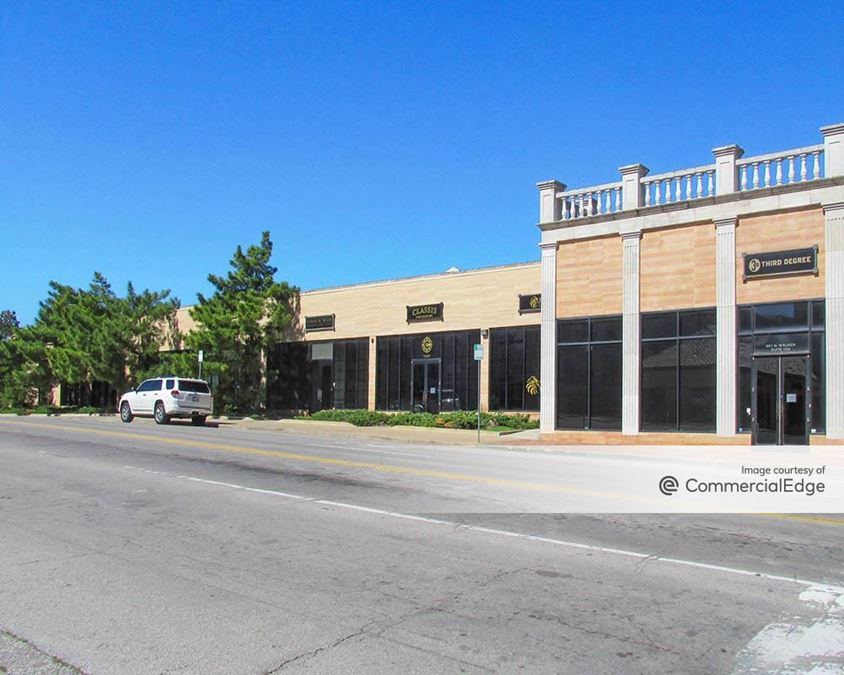 Midtown Plaza - 501 North Walker Avenue