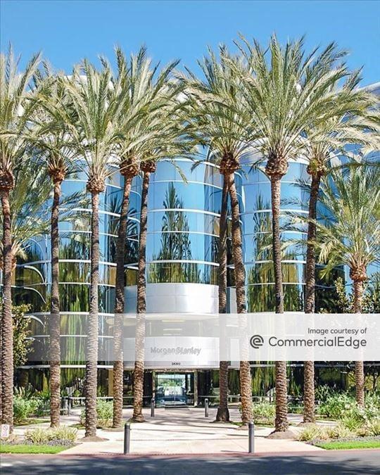 Crown Cabot Financial Center