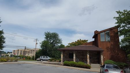 674 East Main Street - Middletown