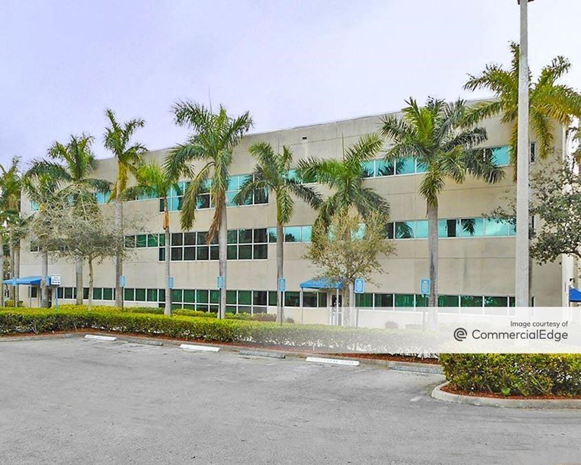 Memorial Hospital West - Medical Office Building - 603 North Flamingo Road