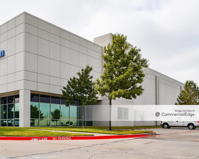 Prologis Freeport Corporate Center - 925 Freeport Pkwy