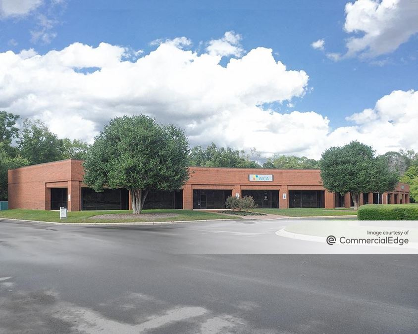 Twin Oaks - 1338 Hundred Oaks Drive