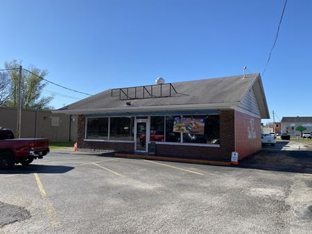 3,780 SF Restaurant / Storage Building on Mt Vernon & Water St - Nixa