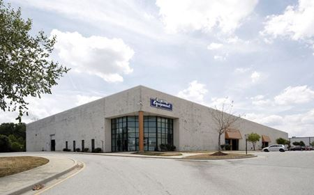 250 Executive Drive - Newark