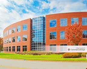 Innsbrook Corporate Center - Highwoods Five
