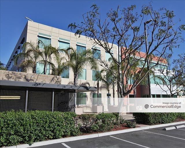 Solana Beach Corporate Centre I & III