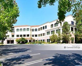 Westlake Plaza Center III - Westlake Village