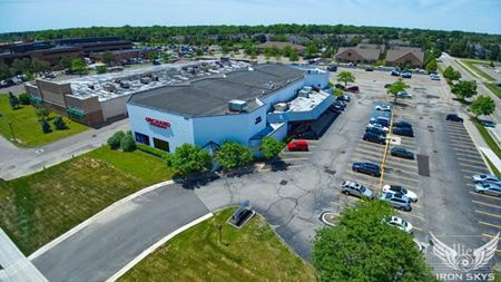 For Sale > Former Orchard Fitness > Trophy Redevelopment Opportunity > West Bloomfield, MI - West Bloomfield