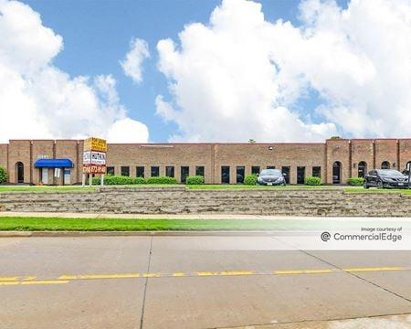 Westline Office Plaza - St. Louis
