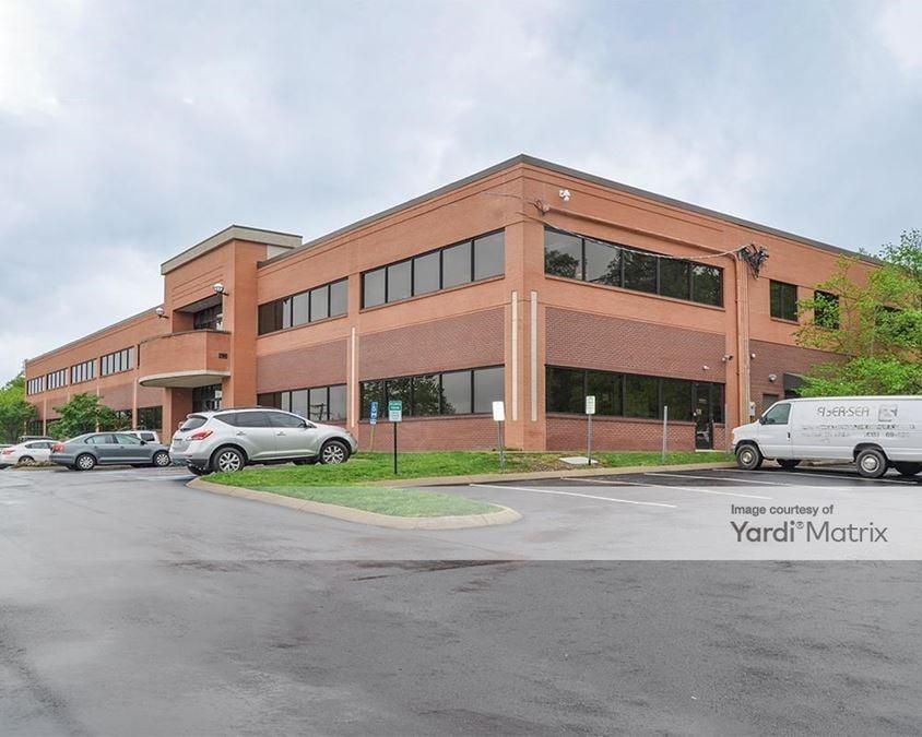 Elm Hill Professional Building
