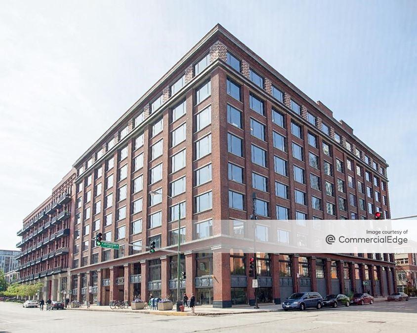 600 West Fulton Street